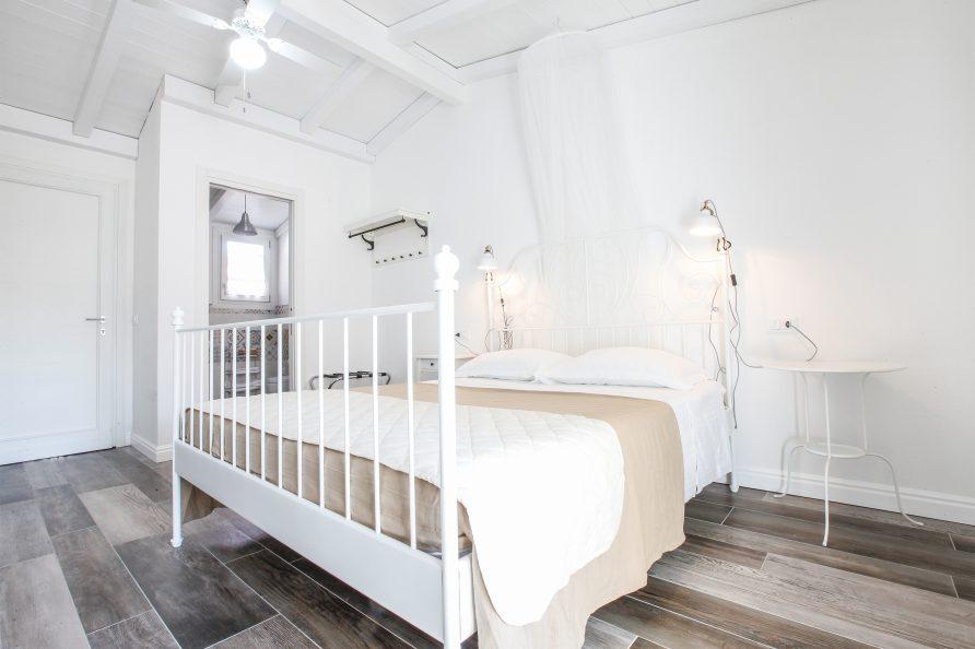camera-matrimoniale-classic-faro-di-mary